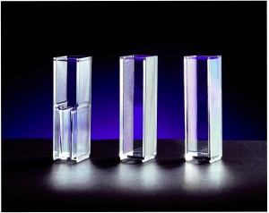 Unitedlabplastics/Cuvettes/ UP2299/UP2299 Polyethylene Cap w/flexible double seals, Qty 1000
